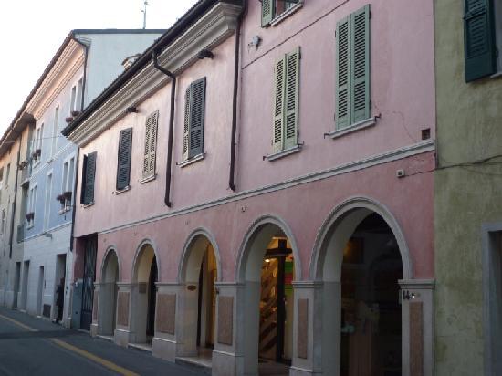 facciata esterna negozio/ufficio via ziliani